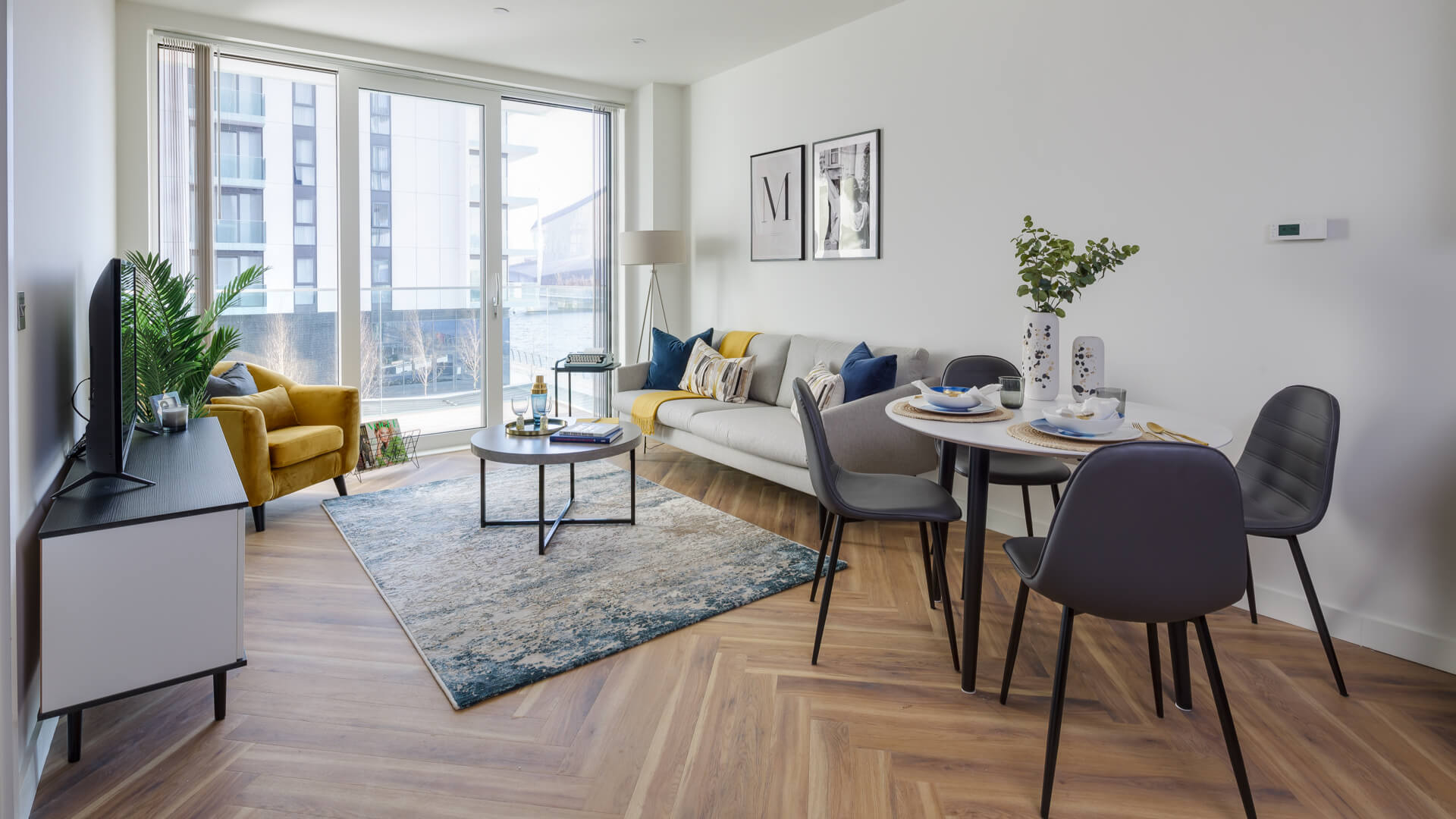 Luxury apartment to rent Media City UK